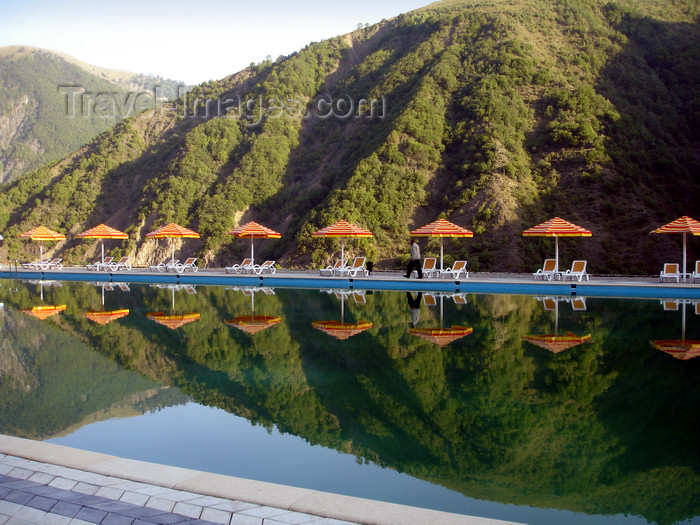 azer465: Azerbaijan - Ilisu - 'Ulu Dag' hotel - pool and mountains - photo by F.MacLachlan - (c) Travel-Images.com - Stock Photography agency - Image Bank