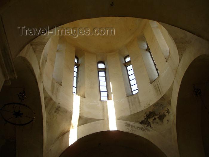 azer478: Azerbaijan - Qax - empty Georgian Orthodox church - interior - photo by F.MacLachlan - (c) Travel-Images.com - Stock Photography agency - Image Bank