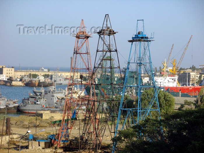 azer492: Azerbaijan - Baku: oil derricks and the military harbour - photo by N.Mahmudova - (c) Travel-Images.com - Stock Photography agency - Image Bank
