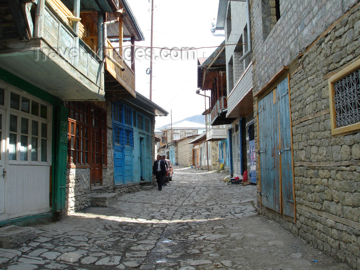 azer496: Lahic / Lahij, Ismailly Rayon, Azerbaijan: tourism brought the village neat and tidy streets - photo by F.MacLachlan - (c) Travel-Images.com - Stock Photography agency - Image Bank