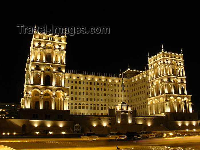 azer549: Baku, Azerbaijan: Government House - nocturnal - photo by N.Mahmudova - (c) Travel-Images.com - Stock Photography agency - Image Bank