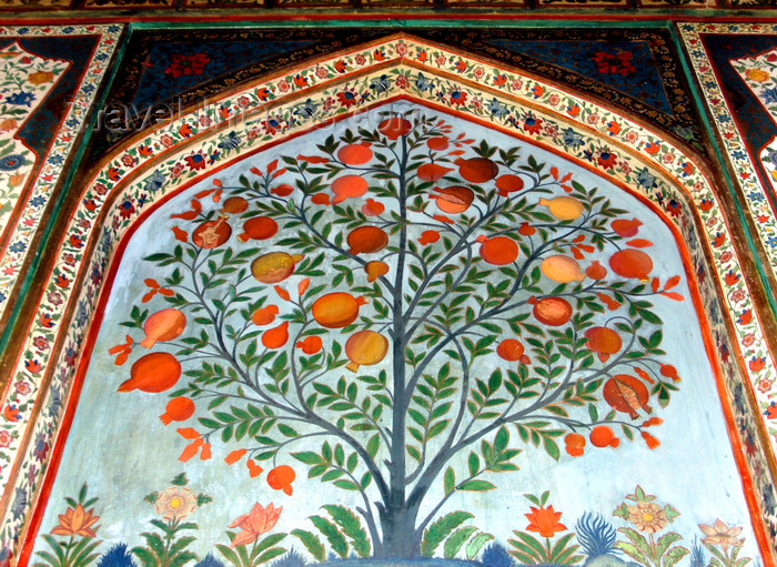 azer562: Sheki / Shaki - Azerbaijan: Sheki Khans' palace - pomegranate tree - fresco at the Khansarai - photo by N.Mahmudova - (c) Travel-Images.com - Stock Photography agency - Image Bank