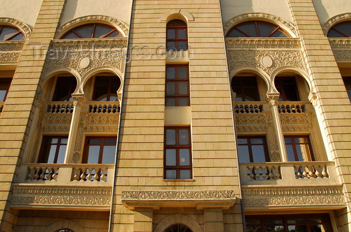 azer62: Azerbaijan - Baku: Tradition in contemporary architecture - Musical Comedy Theatre - named after Shikhali Gurbanov - photo by M.Torres - (c) Travel-Images.com - Stock Photography agency - Image Bank