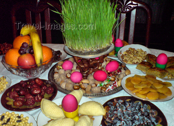 azer70: Baku, Azerbaijan: a traditional Novruz table, with sprouting wheat, at the center - food - celebration - photo by N.Mahmudova - (c) Travel-Images.com - Stock Photography agency - Image Bank