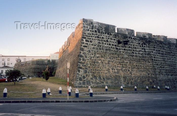 azores1: Azores - Portugal - Açores - Ponta Delgada: Ramparts of St. Brás fort / muralhas do forte de São Brás - photo by M.Torres - (c) Travel-Images.com - Stock Photography agency - Image Bank