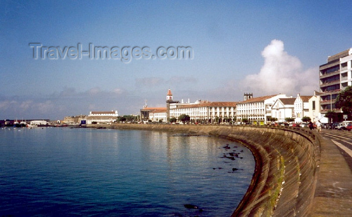 azores17: Azores / Açores - São Miguel - Ponta Delgada / PDL :  by the bay - waterfront avenue / Avenida marginal - Infante Dom Henrique - photo by M.Torres - (c) Travel-Images.com - Stock Photography agency - Image Bank