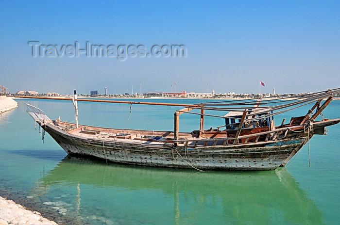 bahrain11: Muharraq, Muharraq Island, Bahrain: idle dhow along Khalifa Al-Khabeer Highway - photo by M.Torres - (c) Travel-Images.com - Stock Photography agency - Image Bank
