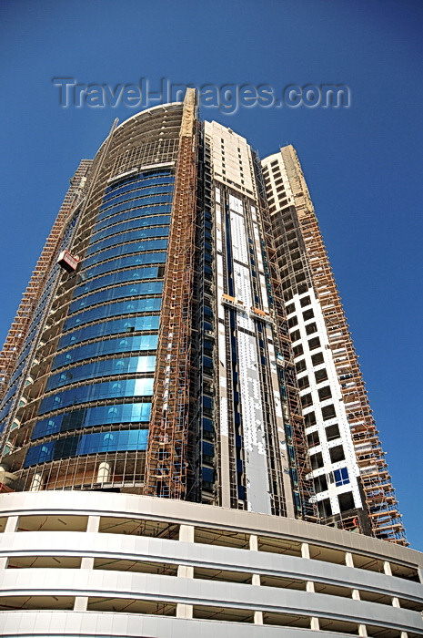 bahrain19: Manama, Bahrain: building the Chase-Perdana tower - photo by M.Torres - (c) Travel-Images.com - Stock Photography agency - Image Bank
