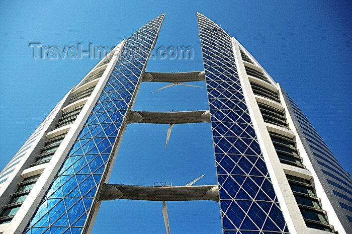 bahrain31: Manama, Bahrain: Bahrain World Trade Center - BWTC - Arab Construction World for Sustainable Design Award - 45 floors and 240 meters tall - design blends maritime aesthetics with the functionality of traditional wind-towers - photo by M.Torres - (c) Travel-Images.com - Stock Photography agency - Image Bank