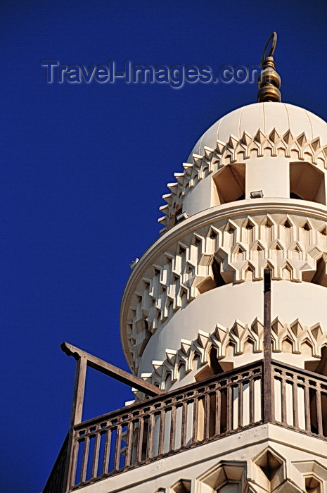 bahrain44: Manama, Bahrain: Yateem Mosque - minaret detail - balcony - photo by M.Torres - (c) Travel-Images.com - Stock Photography agency - Image Bank
