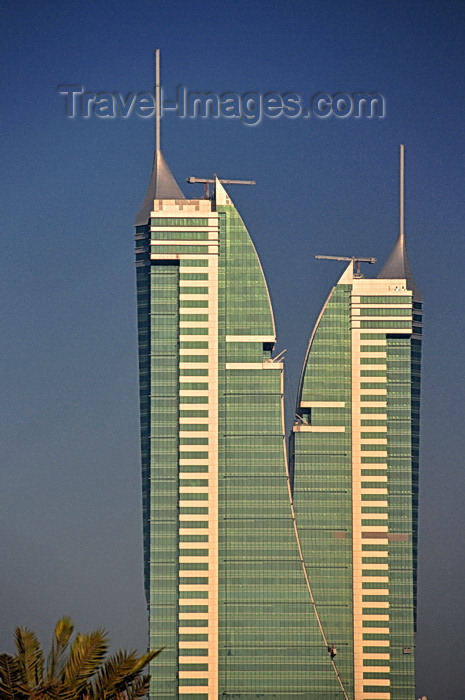 bahrain57: Manama, Bahrain: Bahrain Financial Harbour towers - BFH - Commercial East and Commercial West twin-towers - designed as sails set at opposing angles to symbolise the dual directions of the original 'entrances' to Bahrain, the country of the two seas - photo by M.Torres - (c) Travel-Images.com - Stock Photography agency - Image Bank