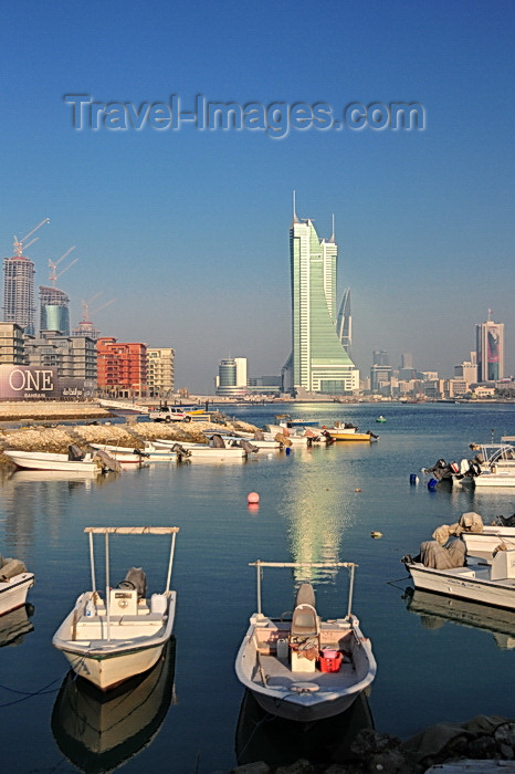 bahrain62: Manama, Bahrain: Bahrain Financial Harbour towers - BFH - view from the fishing harbour - Ref Island on the left - One Bahrain development - photo by M.Torres - (c) Travel-Images.com - Stock Photography agency - Image Bank