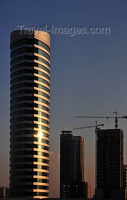 bahrain66: Manama, Bahrain: Viva tower at sunset - Shaikh Khalifa Bin Salman highway - photo by M.Torres - (c) Travel-Images.com - Stock Photography agency - Image Bank