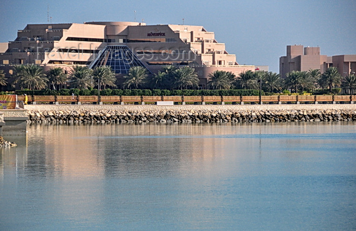 bahrain75: Muharraq, Muharraq Island, Bahrain: Mövenpick Hotel Bahrain reflected on Arad bay, near the airport - 143 Road - building in steps - photo by M.Torres - (c) Travel-Images.com - Stock Photography agency - Image Bank