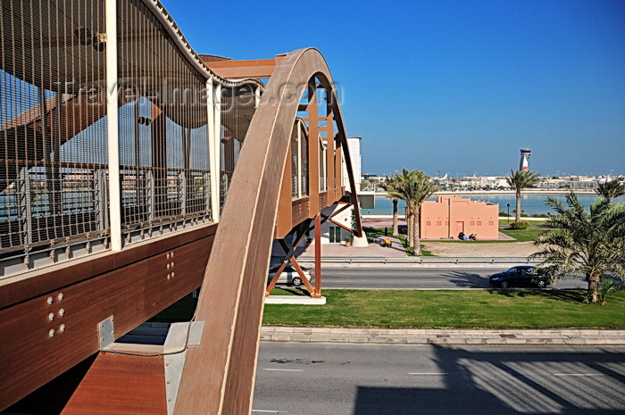 bahrain77: Arad, Muharraq Island, Bahrain: pedestrian bridge over Al Hidd Highway - wooden arch structure - photo by M.Torres - (c) Travel-Images.com - Stock Photography agency - Image Bank