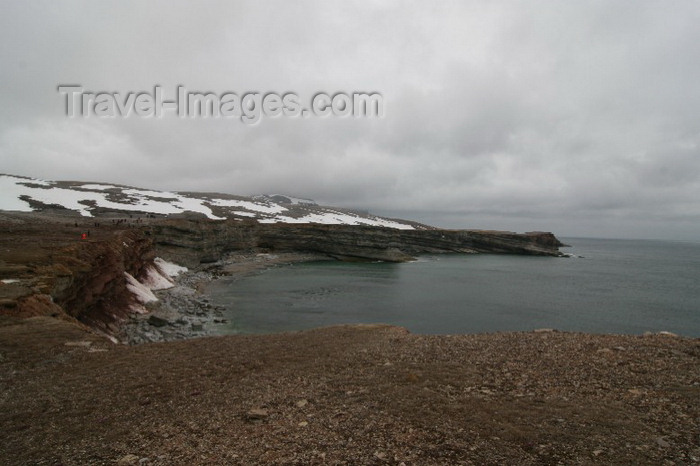 bear-island5: Bear Island / Bjørnøya, Svalbard: a nature reserve where moss and scurvy grass are the main flora - photo by R.Behlke - (c) Travel-Images.com - Stock Photography agency - Image Bank