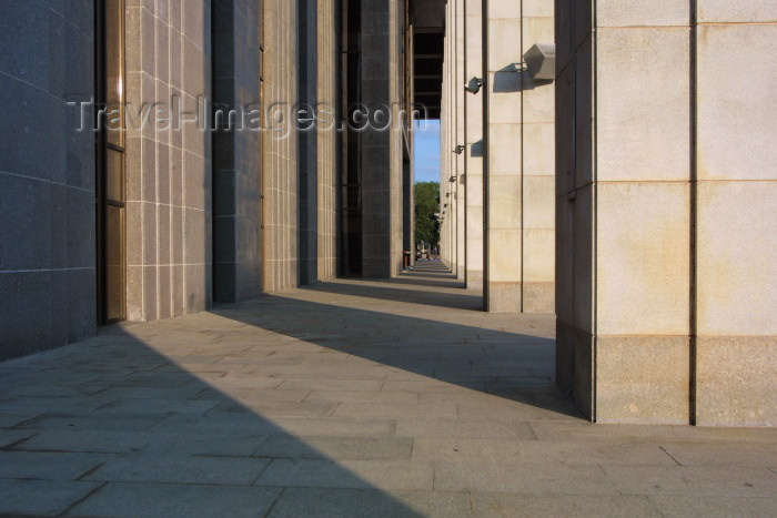 belarus30: Belarus - Minsk: Palace of the Republic - shadows and light - architects V. Araksin, A. Voinov (photo by A.Stepanenko) - (c) Travel-Images.com - Stock Photography agency - Image Bank