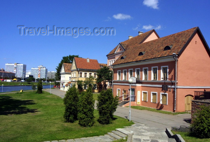 belarus32: Belarus - Minsk: the suburbs (photo by A.Stepanenko) - (c) Travel-Images.com - Stock Photography agency - Image Bank