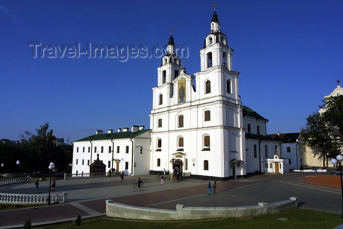 belarus34: Belarus - Minsk: Cathedral of the Holy Ghost and the former Bernardine Covent - photo by A.Dnieprowsky - (c) Travel-Images.com - Stock Photography agency - Image Bank