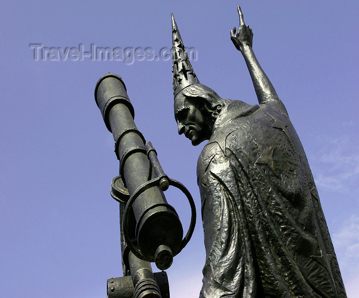 belarus66: Belarus - Mogilev - stargazer statue - photo by A.Stepanenko - (c) Travel-Images.com - Stock Photography agency - Image Bank
