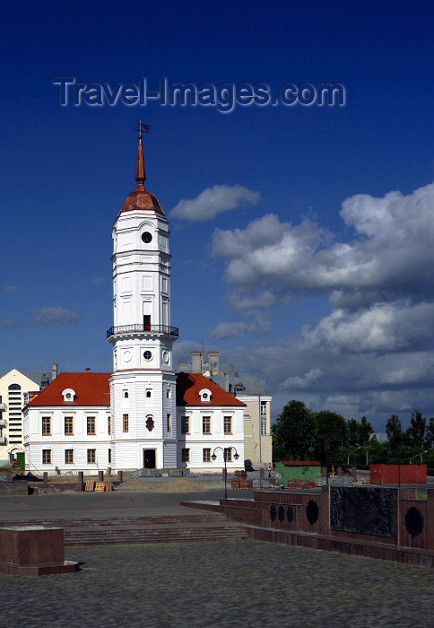 belarus69: Mogilev, Mahilyow Voblast, Belarus: the 'Ratusha', the old town hall has been restored - photo by A.Dnieprowsky - (c) Travel-Images.com - Stock Photography agency - Image Bank