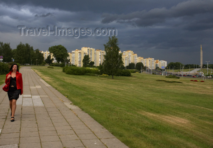 belarus76: Minsk, Belarus: woman walking near glory hill - photo by A.Dnieprowsky - (c) Travel-Images.com - Stock Photography agency - Image Bank