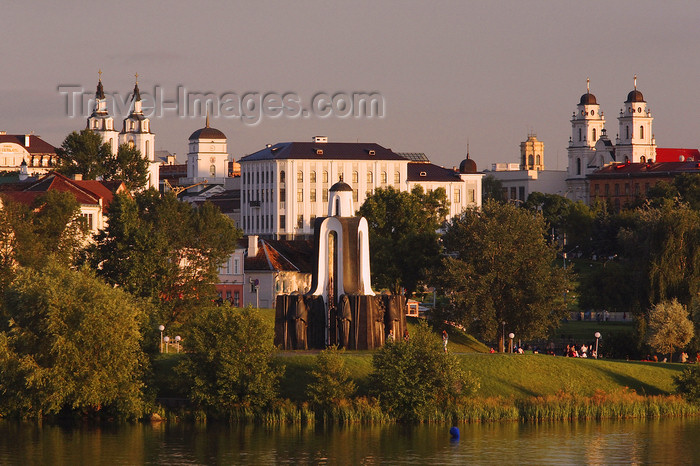 belarus81: Minsk, Belarus: Island of Tears and city center churches - photo by A.Dnieprowsky - (c) Travel-Images.com - Stock Photography agency - Image Bank
