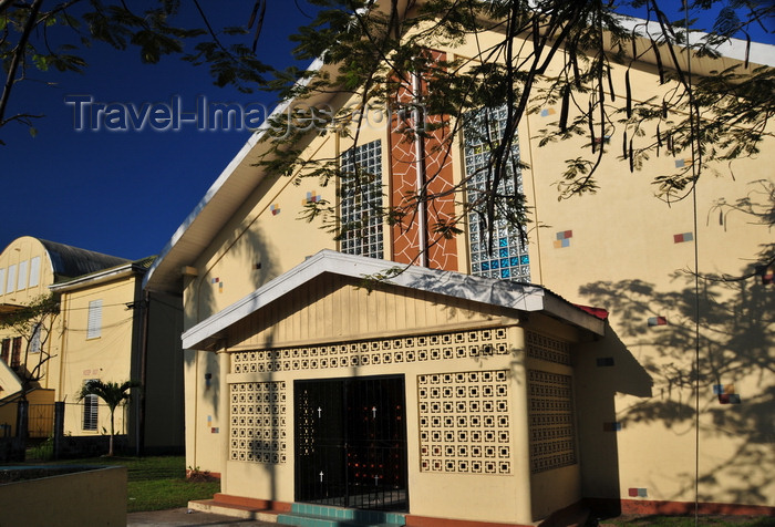 belize1: Belize City, Belize: St. Marys' Anglican church - corner of Northfront Street and Gabourel Lane - photo by M.Torres - (c) Travel-Images.com - Stock Photography agency - Image Bank