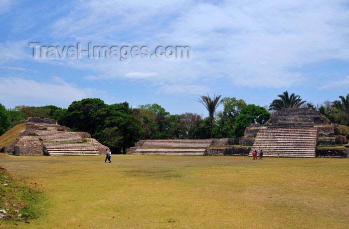 belize75: Altun Ha Maya city, Belize District, Belize: Plaza A - pyramid A-3, and the Temple of the Green Tomb, with structure A-2 in between - photo by M.Torres - (c) Travel-Images.com - Stock Photography agency - Image Bank