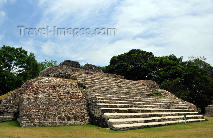 belize79: Altun Ha Maya city, Belize District, Belize: Plaza A - stairway and pyramid A-3 - Mayan temple - photo by M.Torres - (c) Travel-Images.com - Stock Photography agency - Image Bank