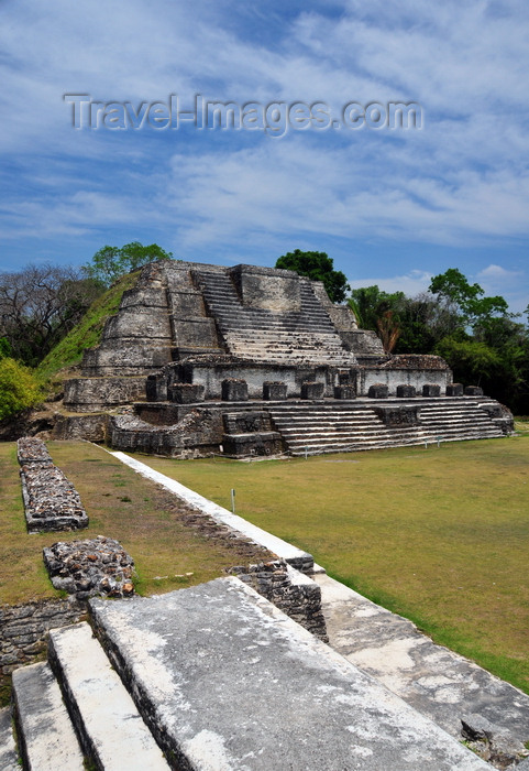 belize82: Altun Ha Maya city, Belize District, Belize: Temple of the Masonry Altars, dedicated to the Sun God, Kinich Ahau, patron God of Uxmal and father of Itzamna, lord of night and day - Plaza B - seen from structure A-4 - photo by M.Torres - (c) Travel-Images.com - Stock Photography agency - Image Bank