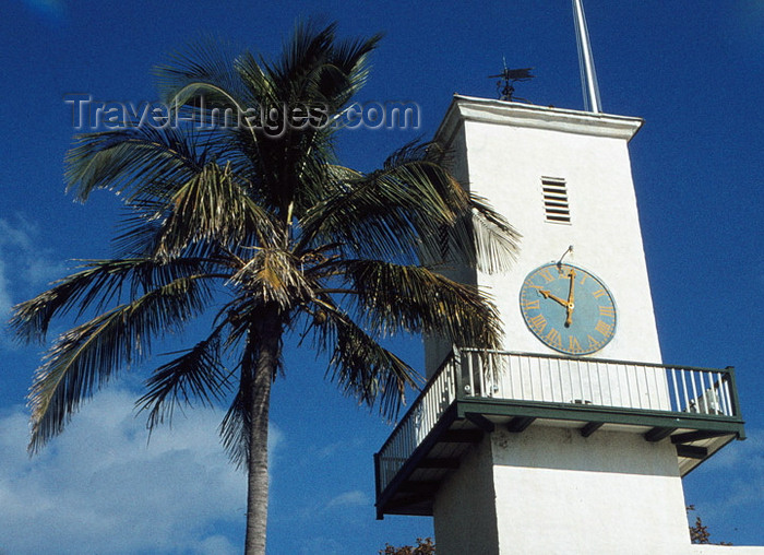 bermuda9: Bermuda - St. George: St Peter's Anglican church - Church of England - clock tower - steeple - photo by G.Frysinger - (c) Travel-Images.com - Stock Photography agency - Image Bank