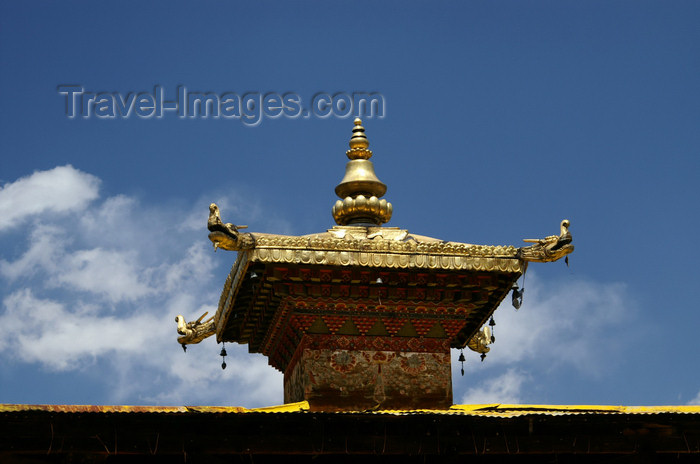 bhutan107: Bhutan - Paro dzongkhag - roof of Kyichu Lhakhang, near Paro - photo by A.Ferrari - (c) Travel-Images.com - Stock Photography agency - Image Bank
