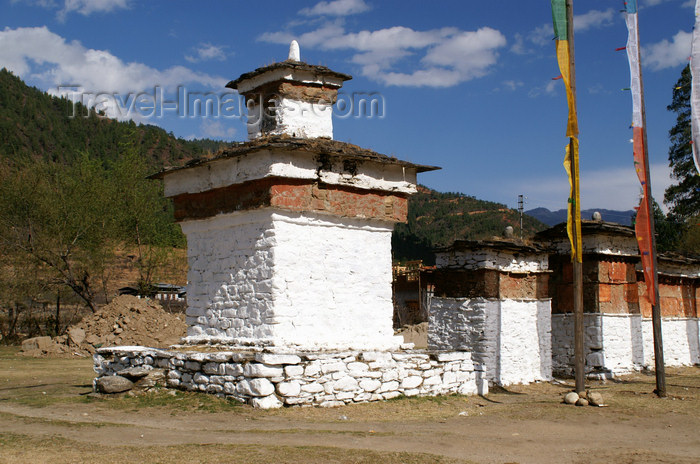 bhutan110: Bhutan - Paro dzongkhag - Lango village - line of stupas at Lango chorten, near Paro - photo by A.Ferrari - (c) Travel-Images.com - Stock Photography agency - Image Bank