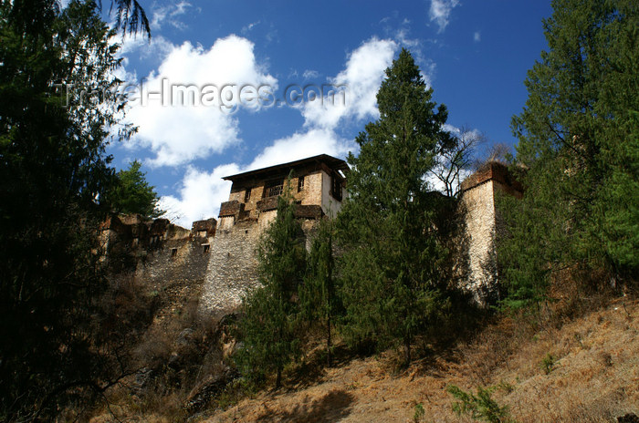 bhutan118: Bhutan - Paro dzongkhag - Drukgyel village - ruins of the Drukgyel Dzong - photo by A.Ferrari - (c) Travel-Images.com - Stock Photography agency - Image Bank