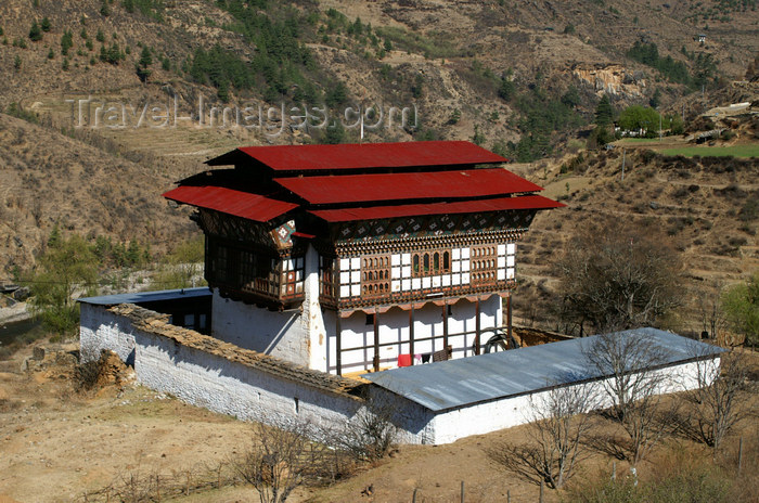 bhutan145: Bhutan - Large Bhutanese house on the way to the Haa valley, near Paro - photo by A.Ferrari - (c) Travel-Images.com - Stock Photography agency - Image Bank