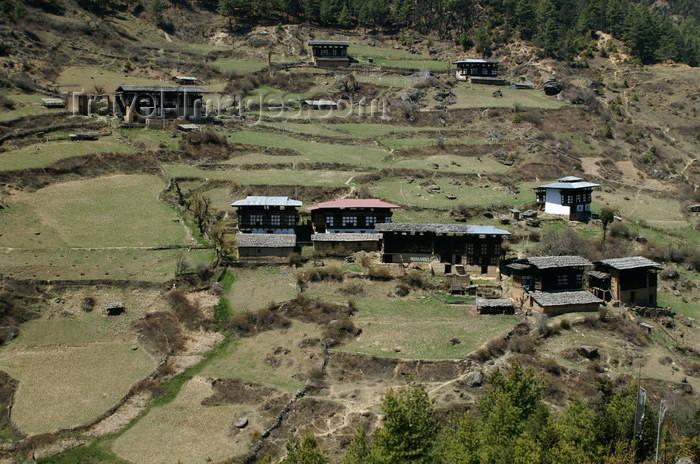 bhutan157: Bhutan - Haa valley - Bhutanese houses - photo by A.Ferrari - (c) Travel-Images.com - Stock Photography agency - Image Bank