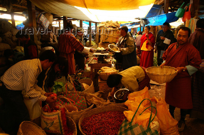 bhutan183: Bhutan - Thimphu - the market - selling and buying - photo by A.Ferrari - (c) Travel-Images.com - Stock Photography agency - Image Bank
