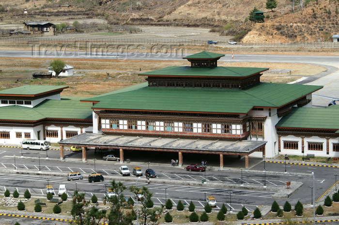 bhutan19: Bhutan - Paro: main building of Paro airport - PBH -  landside - photo by A.Ferrari - (c) Travel-Images.com - Stock Photography agency - Image Bank
