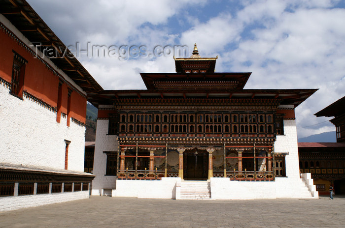bhutan206: Bhutan - Thimphu - inside Trashi Chhoe Dzong - building with porch - photo by A.Ferrari - (c) Travel-Images.com - Stock Photography agency - Image Bank