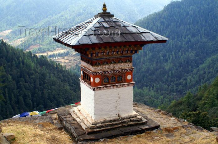 bhutan213: Bhutan - stupa, outside Tango Goemba - photo by A.Ferrari - (c) Travel-Images.com - Stock Photography agency - Image Bank