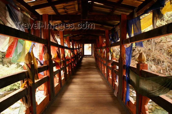 bhutan222: Bhutan - covered bridge spanning the Wang Chhu - interior - photo by A.Ferrari - (c) Travel-Images.com - Stock Photography agency - Image Bank