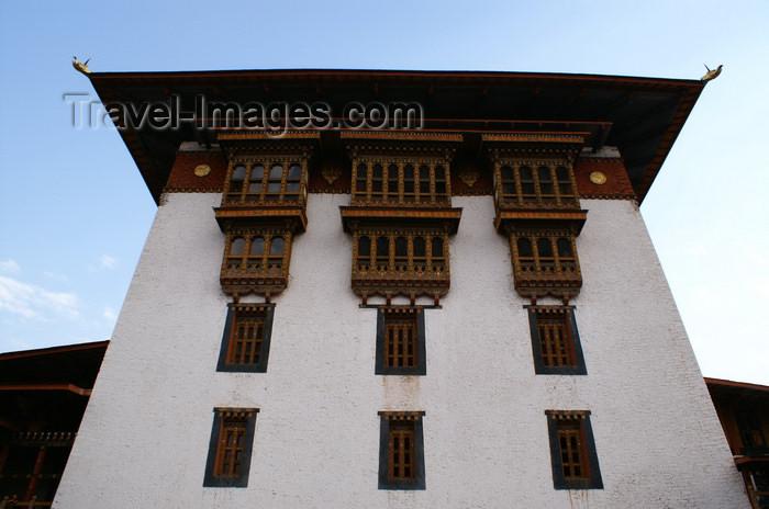 bhutan268: Bhutan - Large building - Punakha Dzong - photo by A.Ferrari - (c) Travel-Images.com - Stock Photography agency - Image Bank