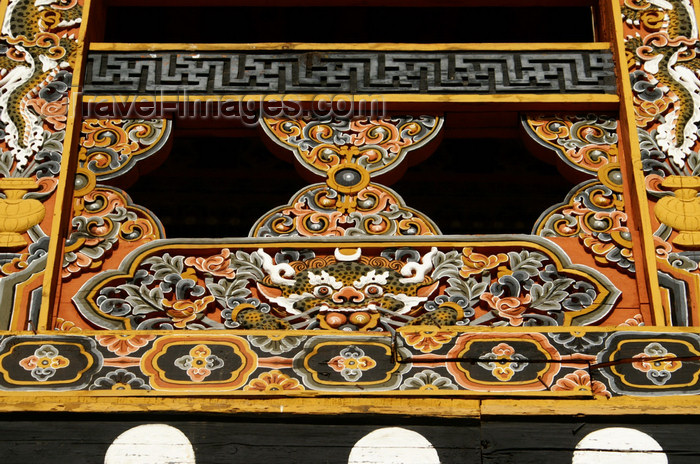 bhutan270: Bhutan - Beautiful wood carvings - balcony detail - the Punakha Dzong - photo by A.Ferrari - (c) Travel-Images.com - Stock Photography agency - Image Bank