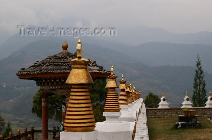 bhutan287: Bhutan - arden, outside Khansum Yuelley Namgyal Chorten - photo by A.Ferrari - (c) Travel-Images.com - Stock Photography agency - Image Bank