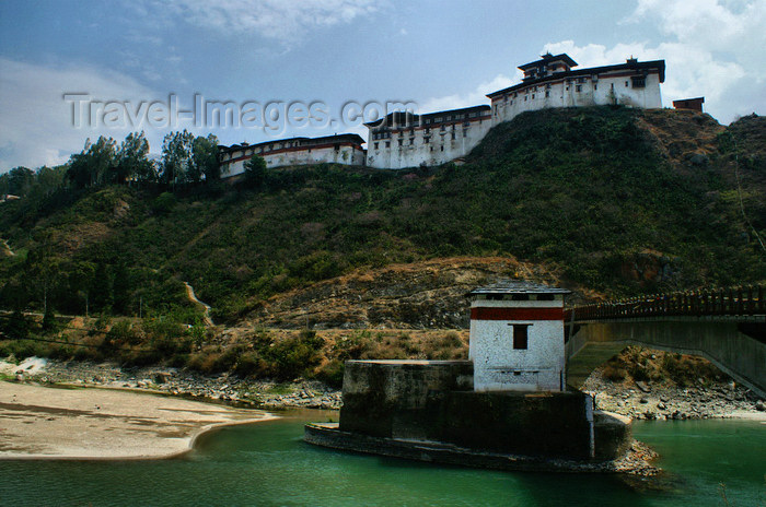 bhutan295: Bhutan - Punak Chhu river - briddge built by the Swiss and Wangdue Phodrang Dzong - photo by A.Ferrari - (c) Travel-Images.com - Stock Photography agency - Image Bank