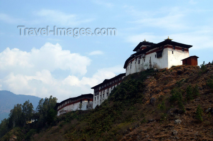 bhutan296: Bhutan - Wangdue Phodrang Dzong - from below - photo by A.Ferrari - (c) Travel-Images.com - Stock Photography agency - Image Bank