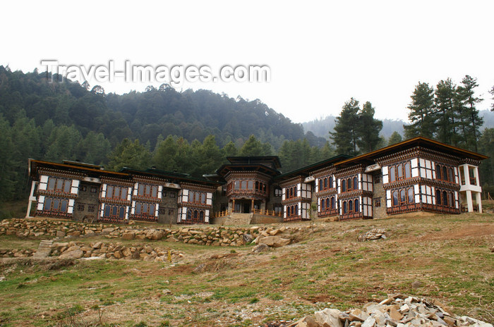 bhutan303: Bhutan - Dewachen Hotel in Tabiting, Phobjikha valley - photo by A.Ferrari - (c) Travel-Images.com - Stock Photography agency - Image Bank