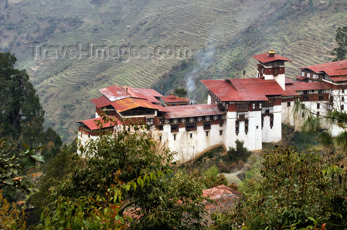 bhutan314: Bhutan - Trongsa Dzong - built in 1644 by Chhogyel Mingyur Tenpa, a representative of Shabdrung Ngawang Namgyal - photo by A.Ferrari - (c) Travel-Images.com - Stock Photography agency - Image Bank