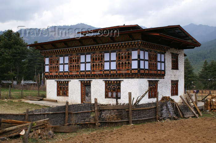bhutan321: Bhutan - Jakar - Bhutanese farm - photo by A.Ferrari - (c) Travel-Images.com - Stock Photography agency - Image Bank